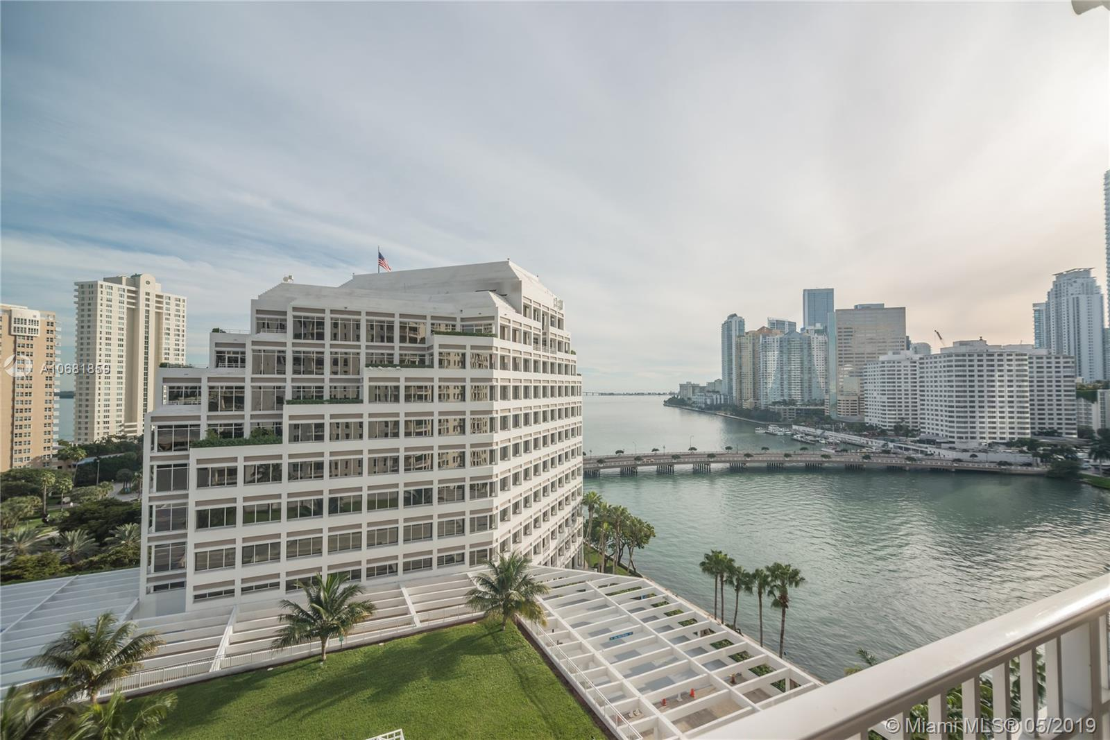 Courvoisier Courts #1411 - 701 BRICKELL KEY BL #1411, Miami, FL 33131