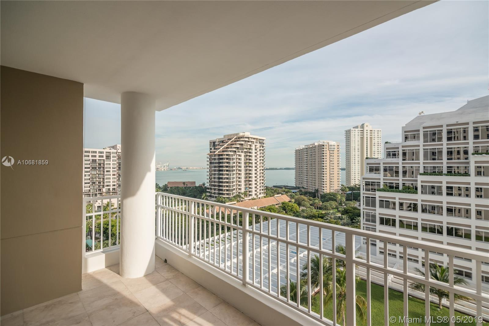 701 BRICKELL KEY BL #1411 photo016