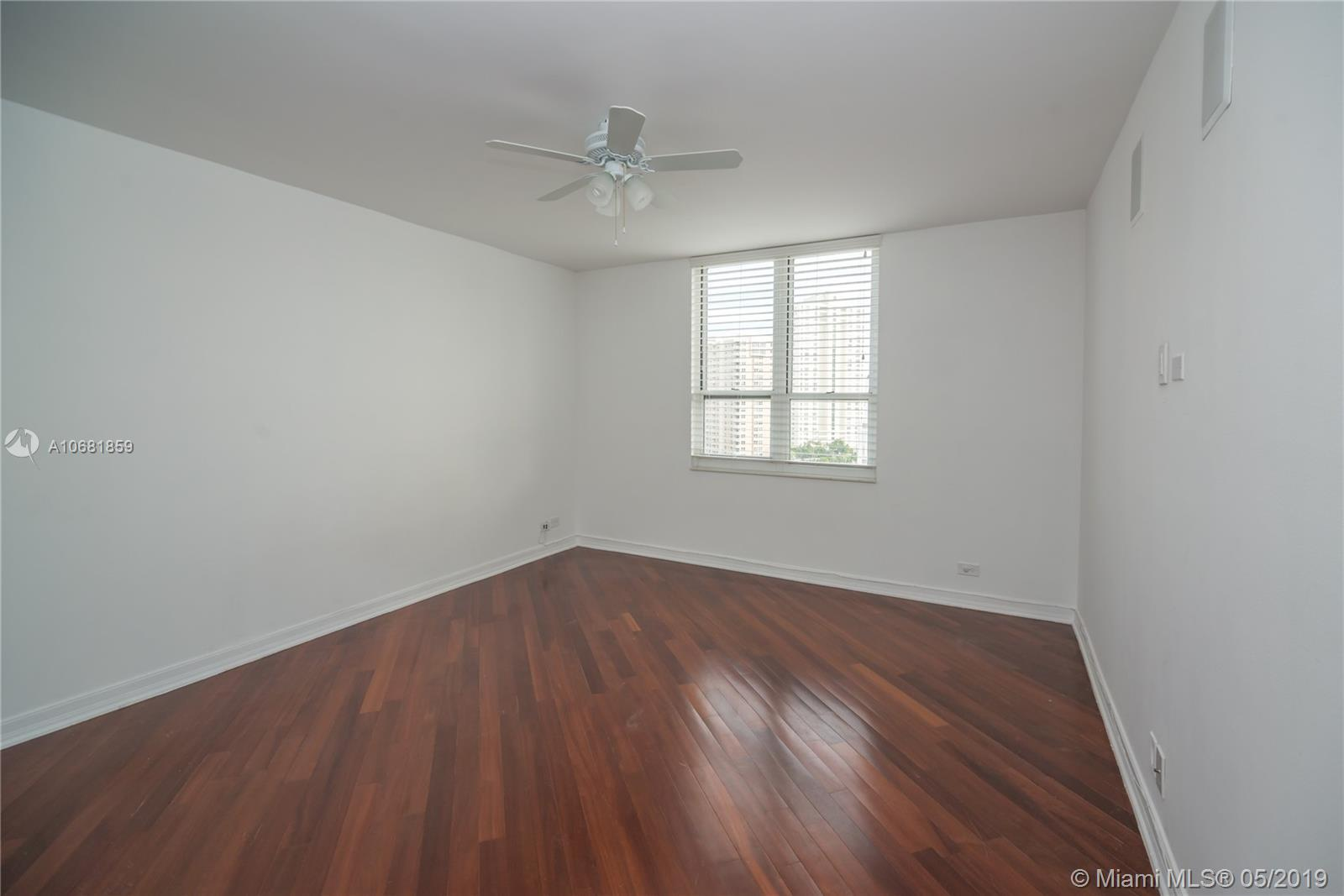 701 BRICKELL KEY BL #1411 photo07