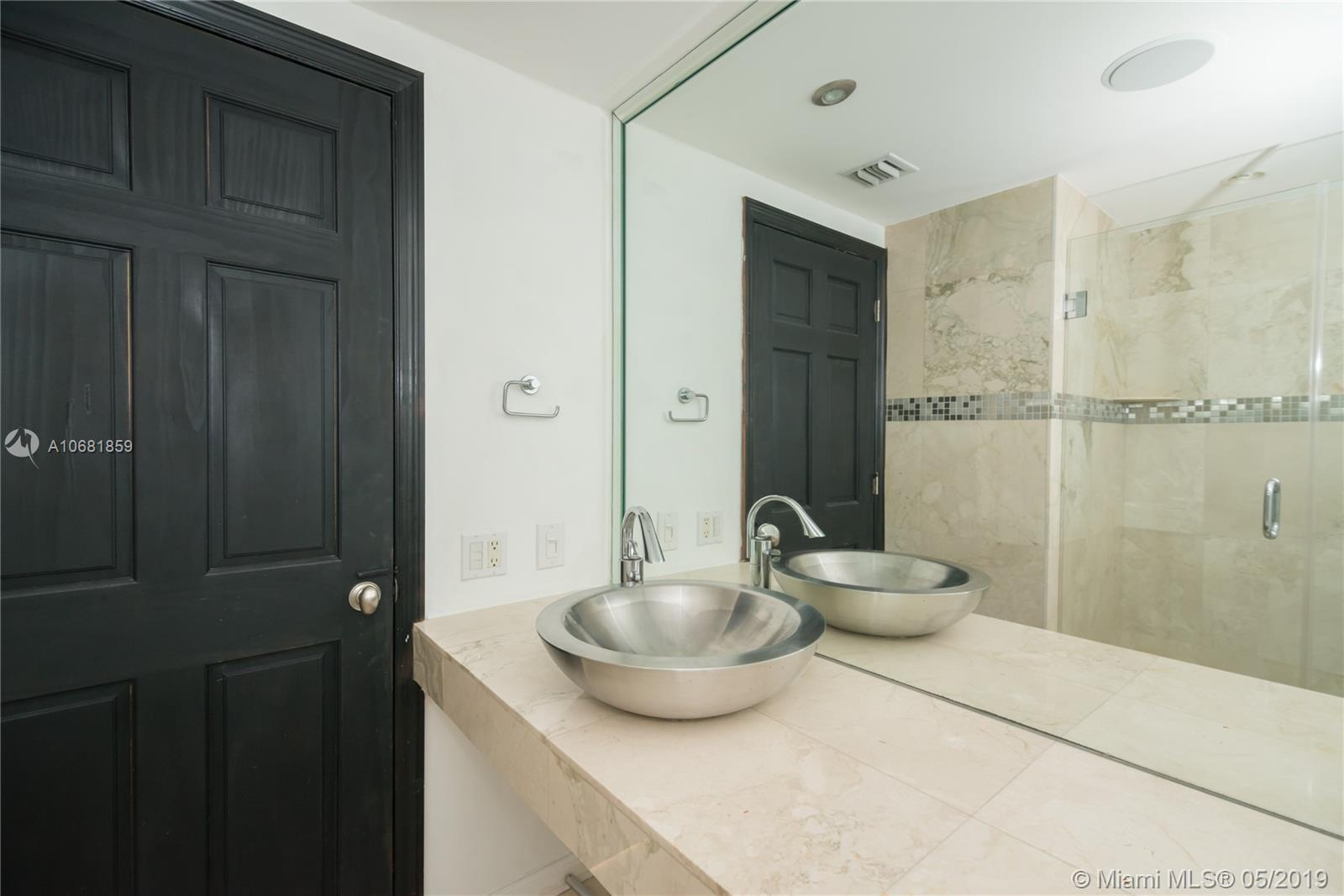 701 BRICKELL KEY BL #1411 photo08