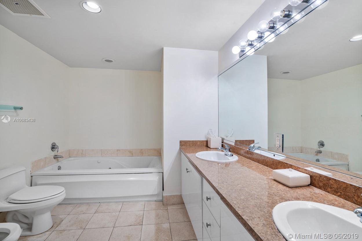 17375 Collins Ave #1103 photo07
