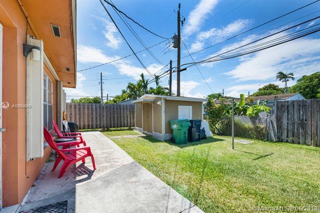 Central Miami # - 19 - photo