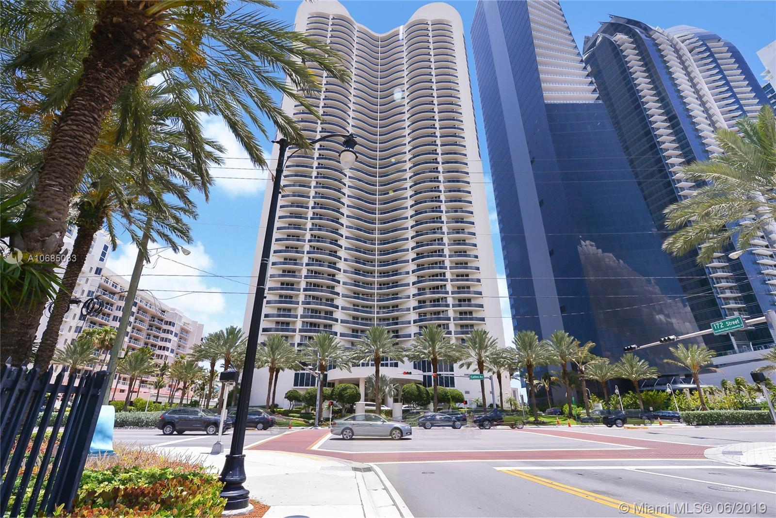 Ocean four #1902 - 17201 Collins Ave #1902, Sunny Isles Beach, FL 33160