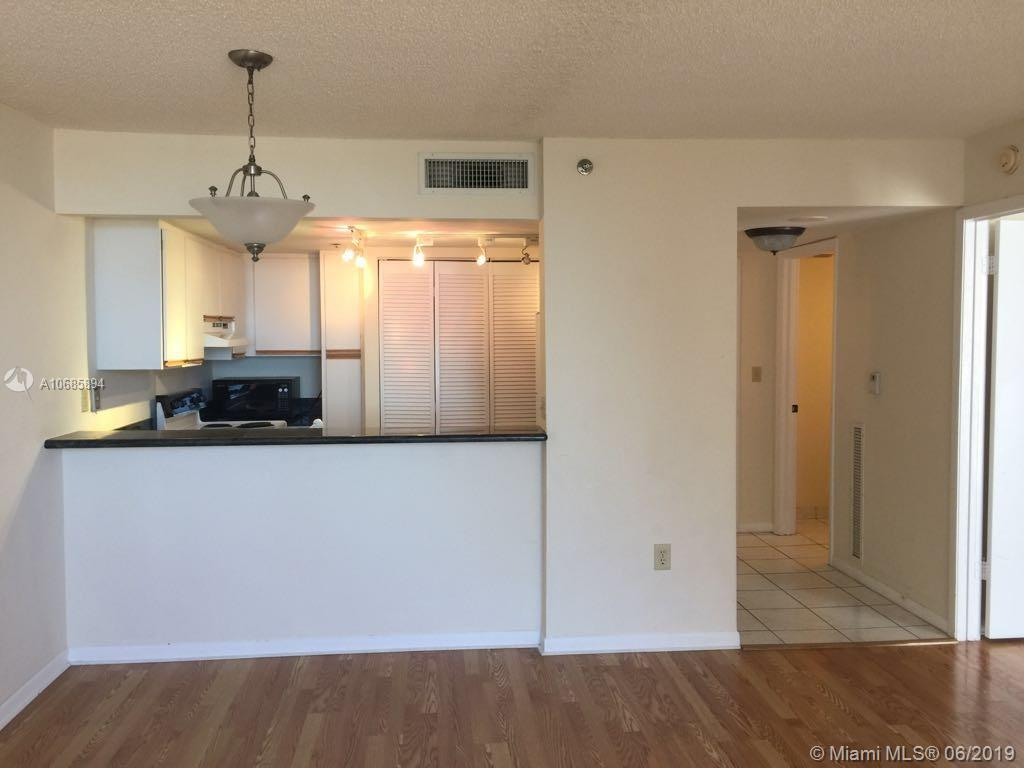 540 Brickell Key Dr #801 photo014