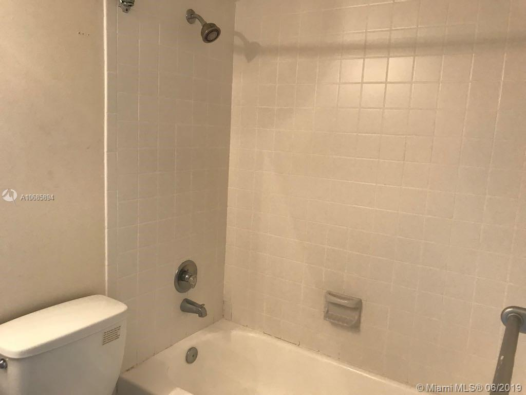 540 Brickell Key Dr #801 photo020