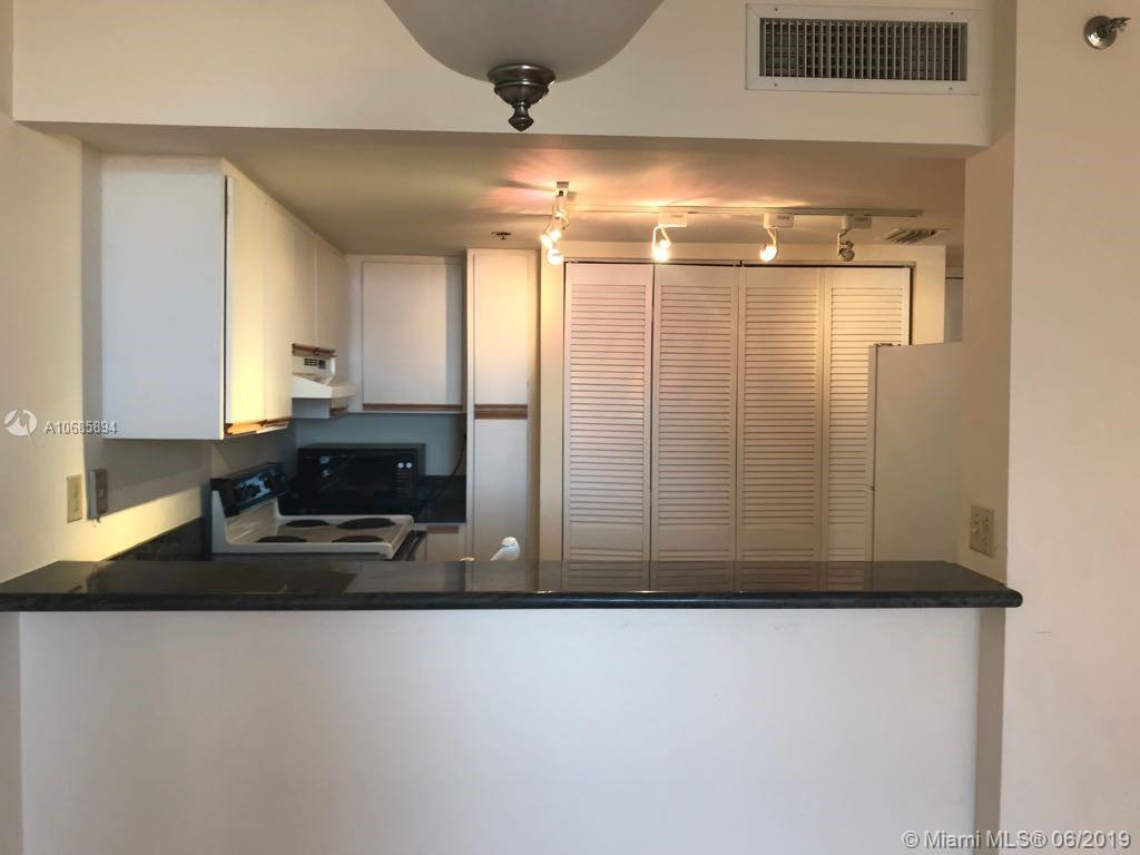 540 Brickell Key Dr #801 photo039