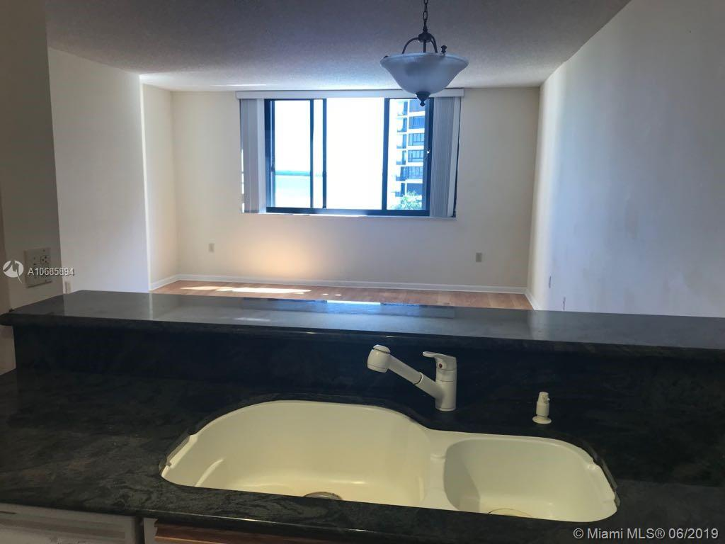 540 Brickell Key Dr #801 photo041