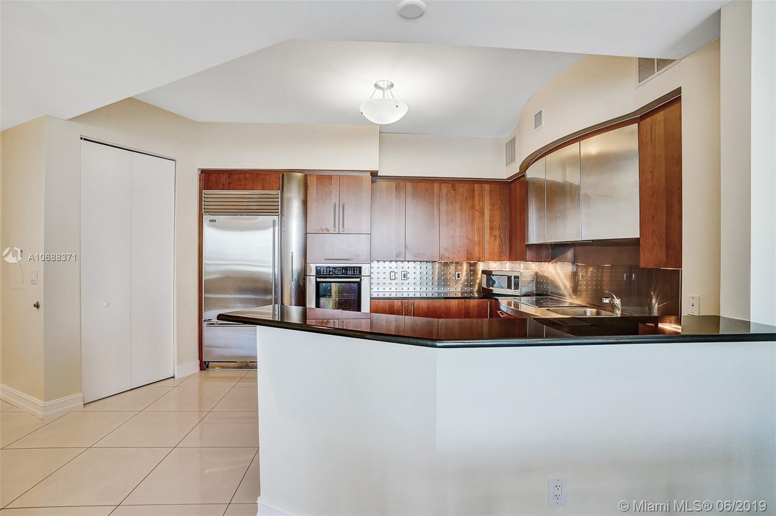 18101 Collins Ave #808 photo015