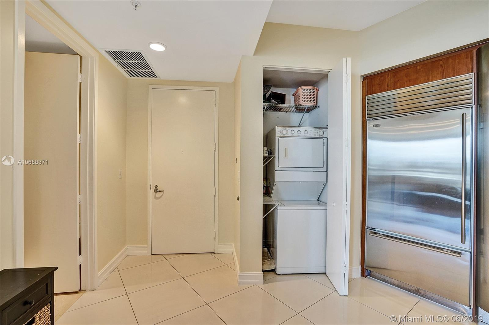 18101 Collins Ave #808 photo042