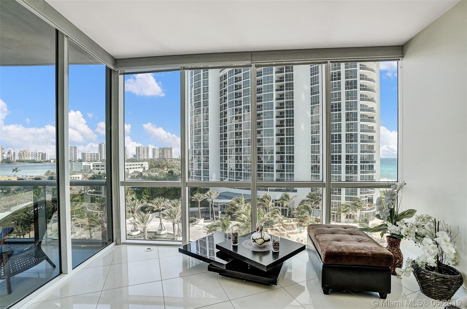 18101 Collins Ave #808 photo06