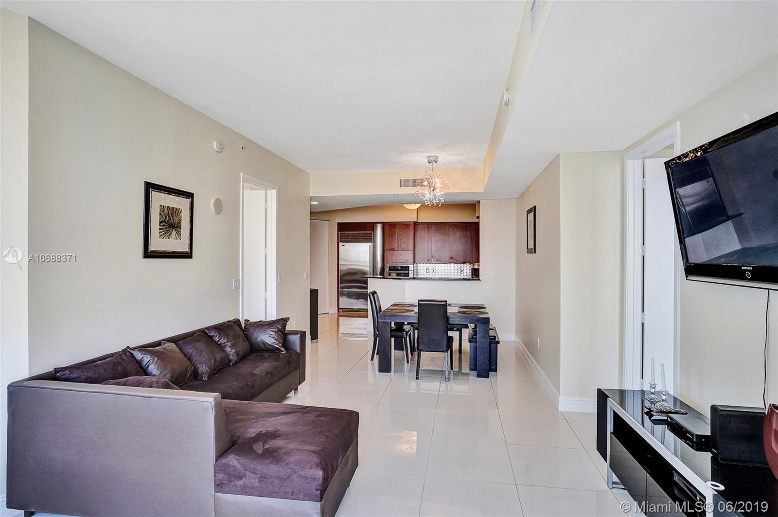 18101 Collins Ave #808 photo07