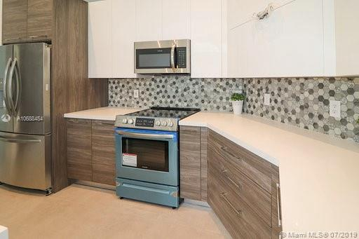 10889 NW 58th Ter photo011