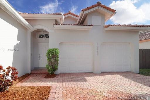 10889 NW 58th Ter photo02