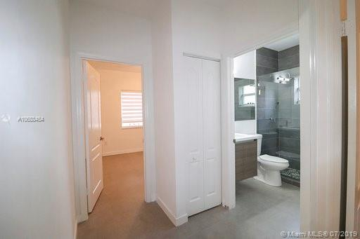 10889 NW 58th Ter photo032