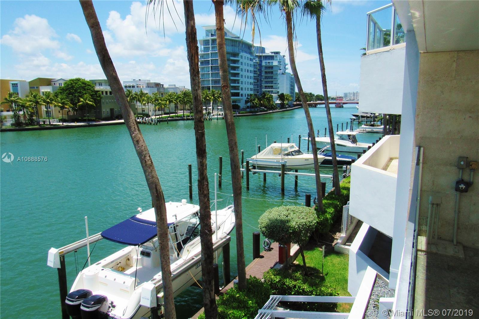 5900 Collins Ave #1601 photo012