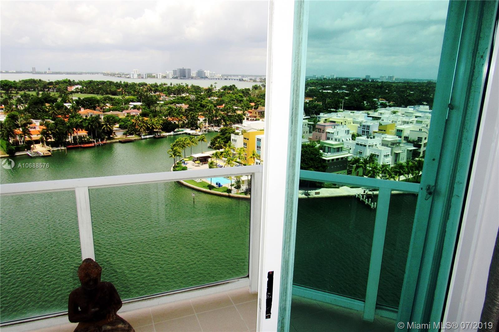 5900 Collins Ave #1601 photo033