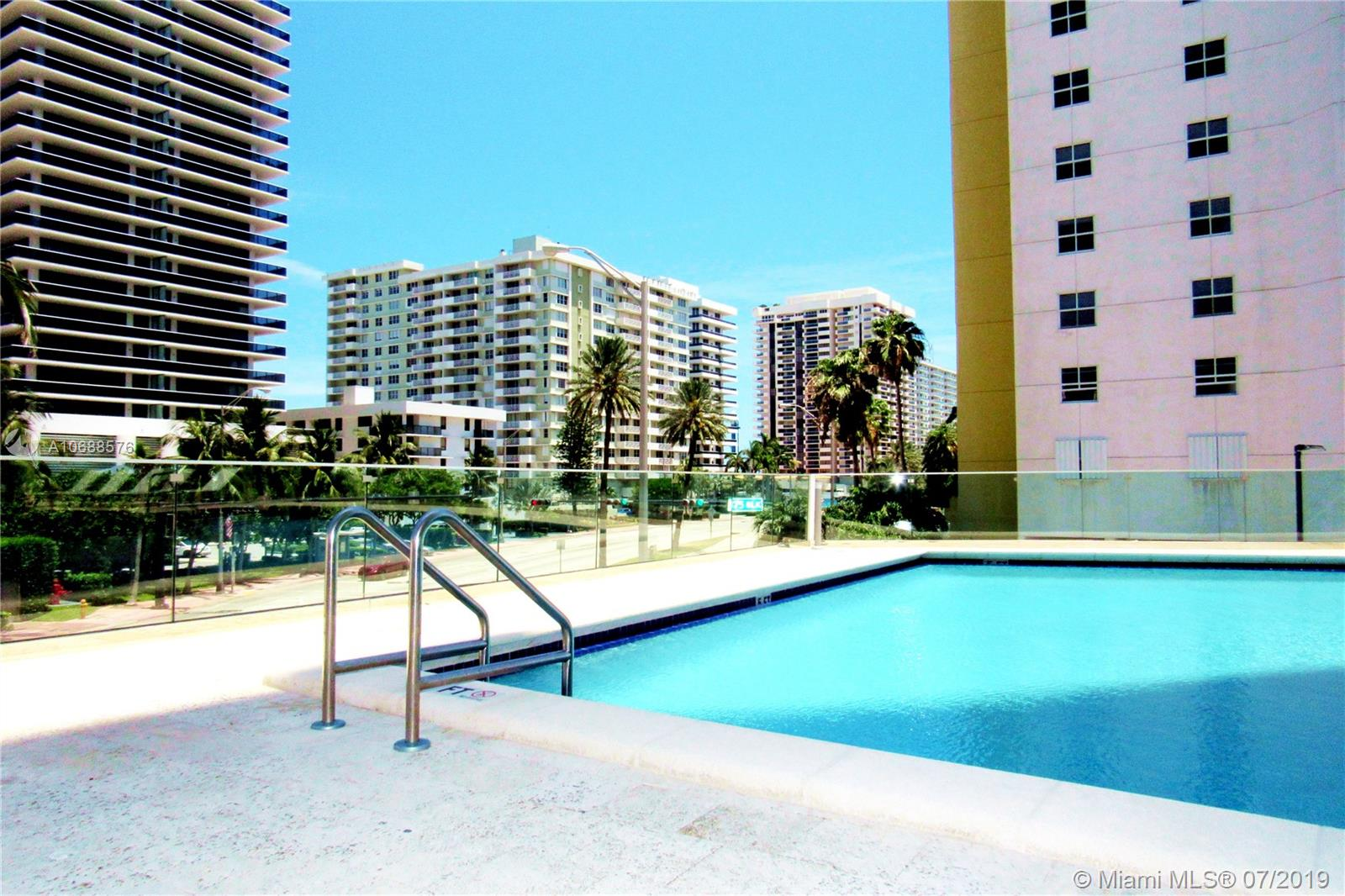 5900 Collins Ave #1601 photo07