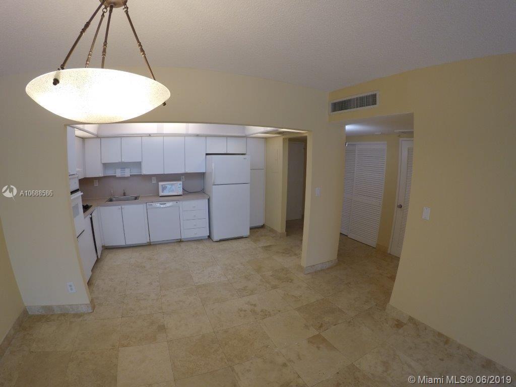 Ocean View A #118 - 19390 NE Collins Ave #118, Sunny Isles Beach, FL 33160