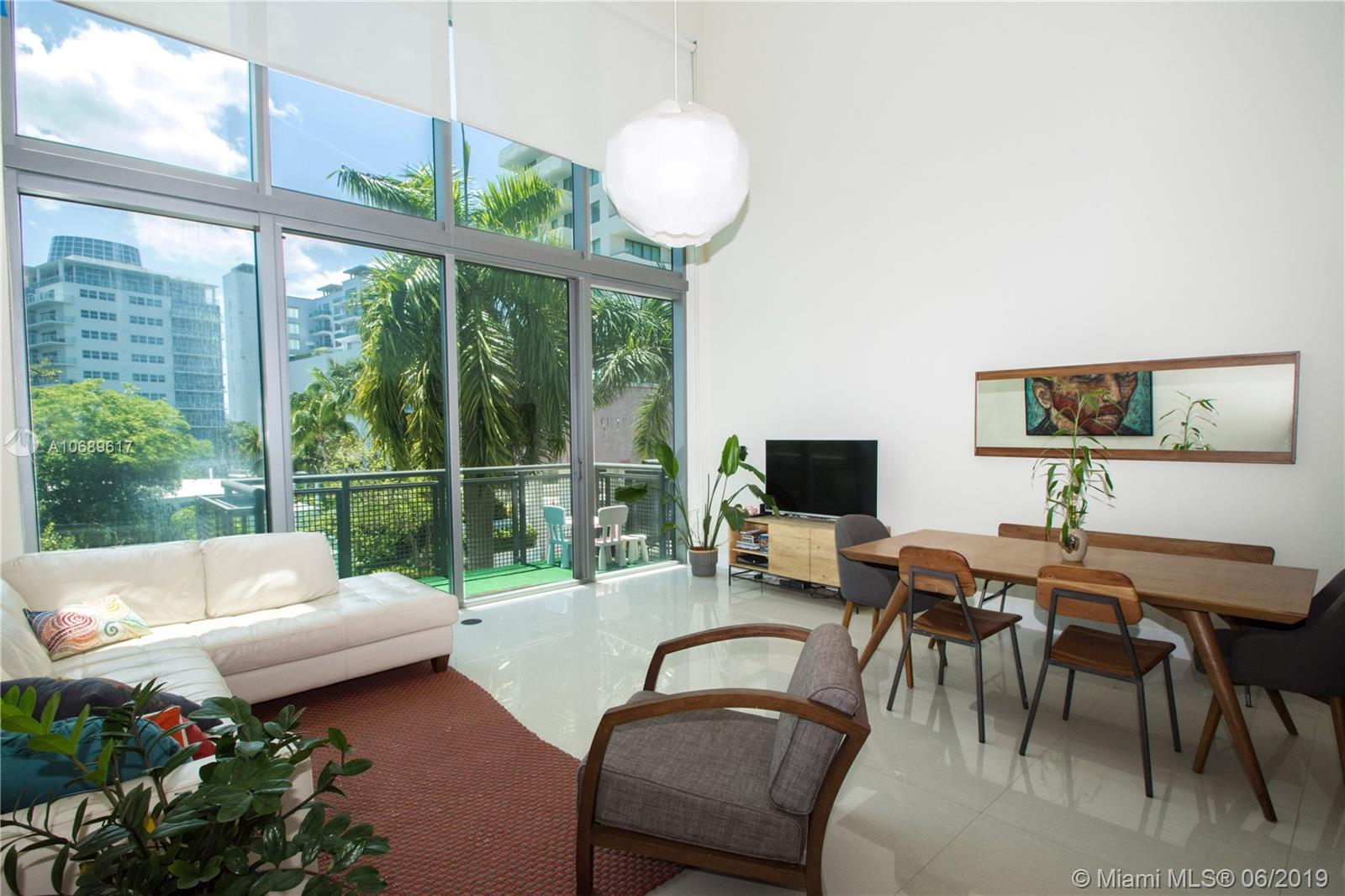 6000 Collins Ave #306 photo03