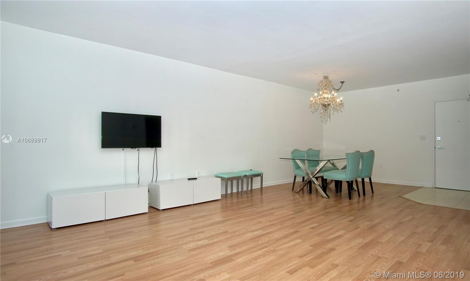10275 Collins Ave #506 photo09