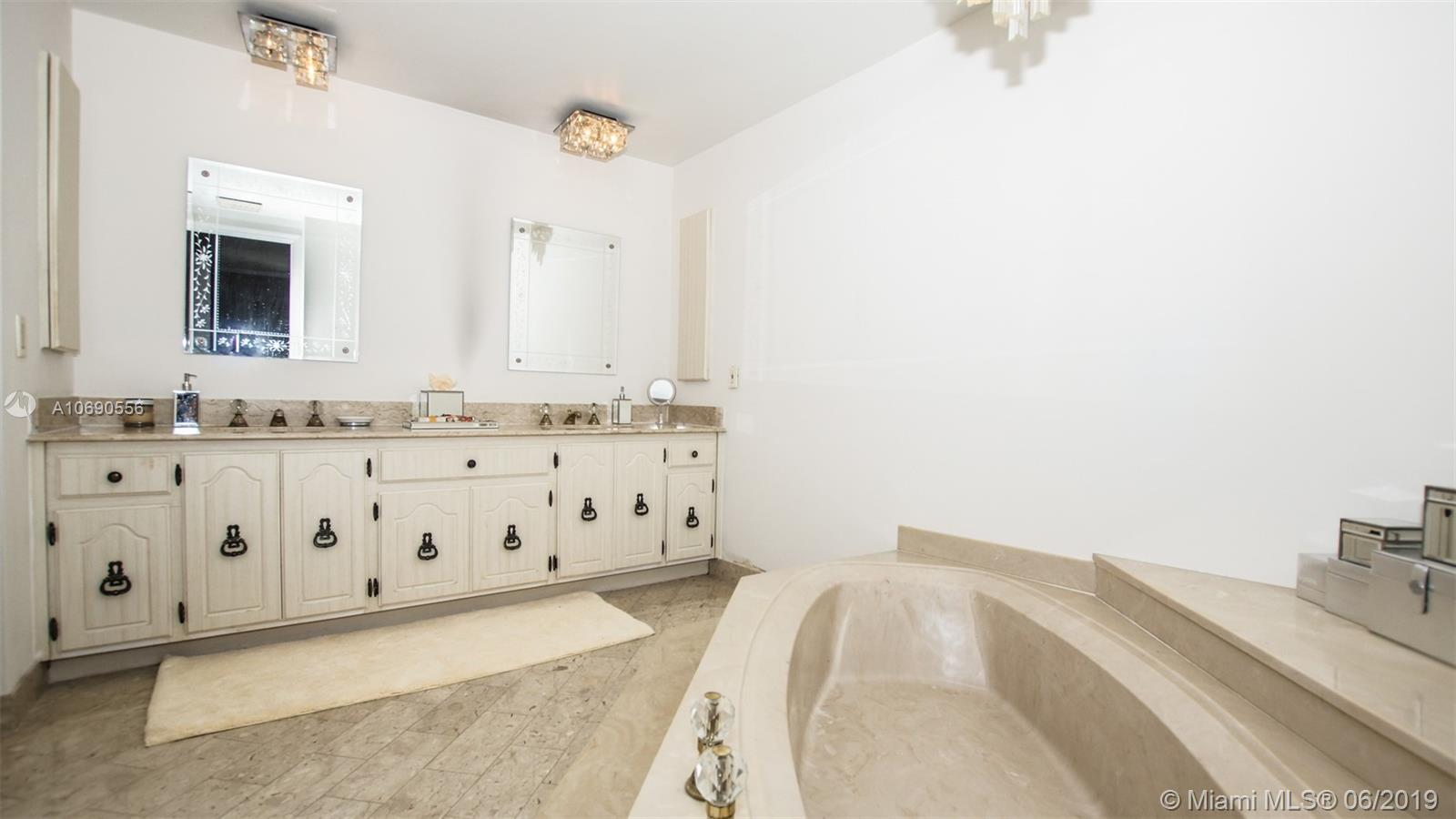 10205 Collins Ave #1506 photo011