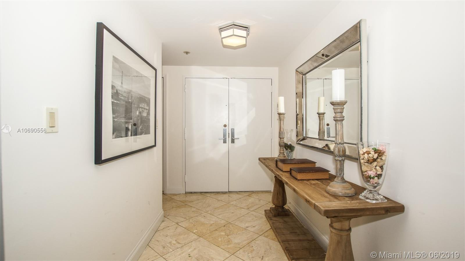 10205 Collins Ave #1506 photo020