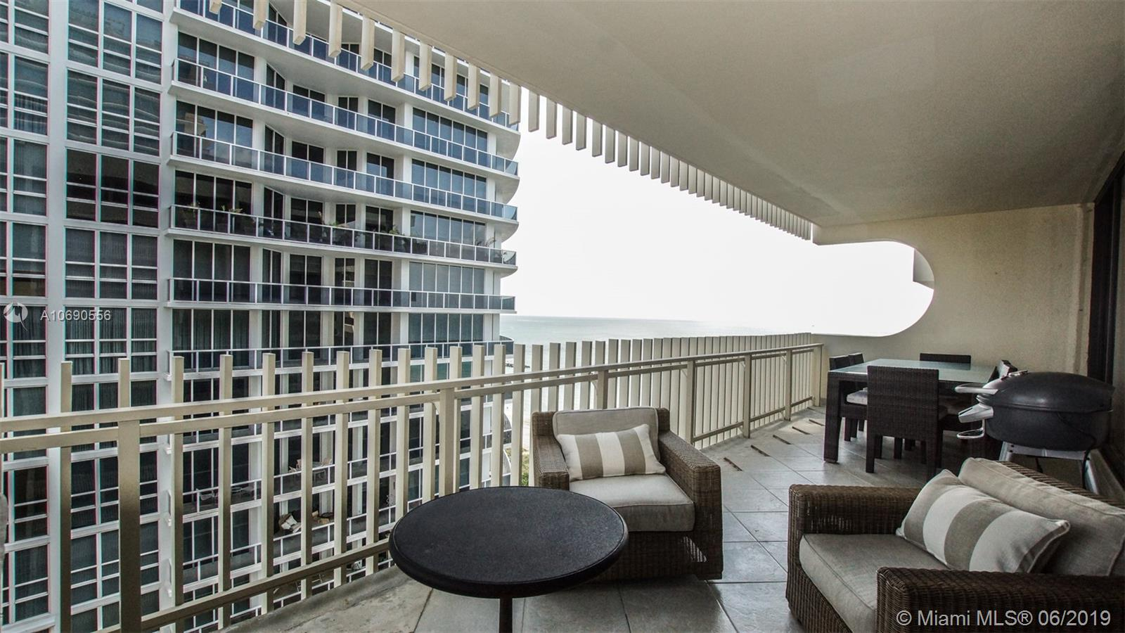 10205 Collins Ave #1506 photo06