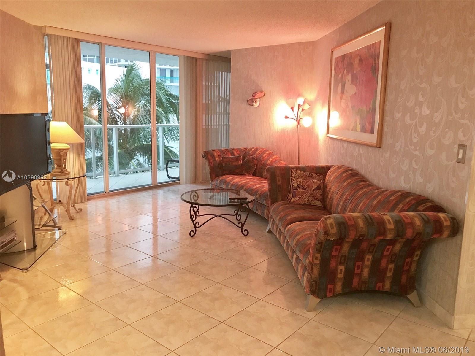 16485 Collins Ave #438 photo01