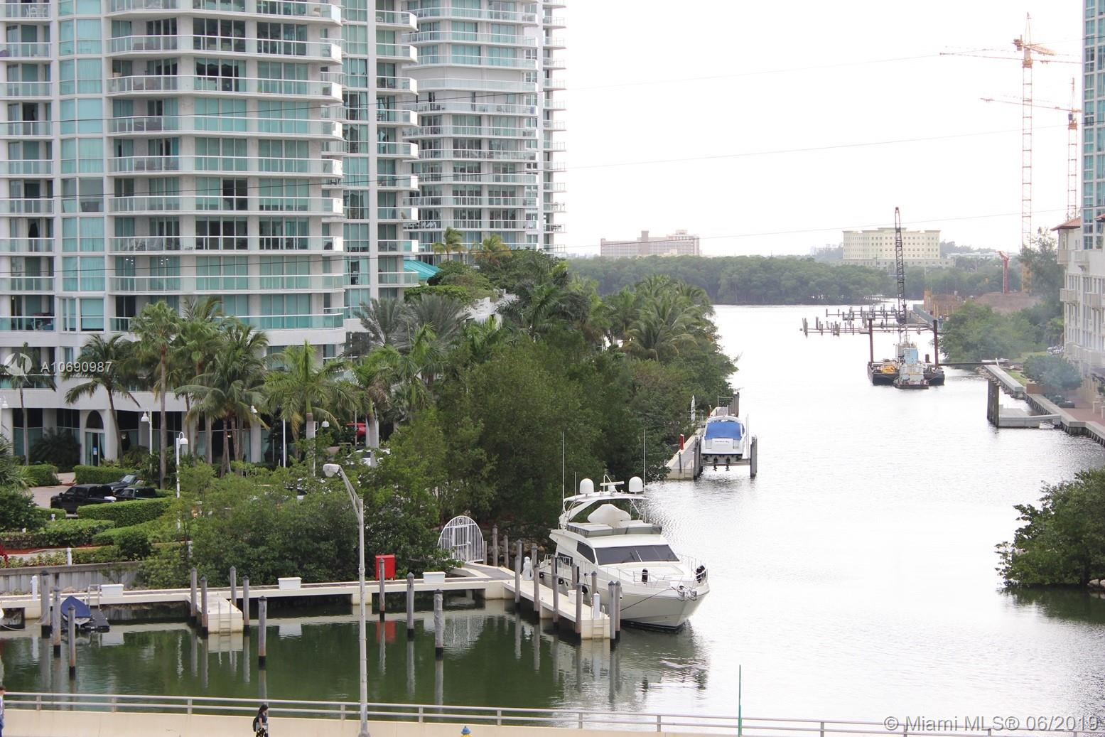 16485 Collins Ave #438 photo013