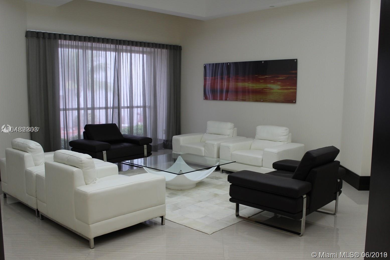 16485 Collins Ave #438 photo04