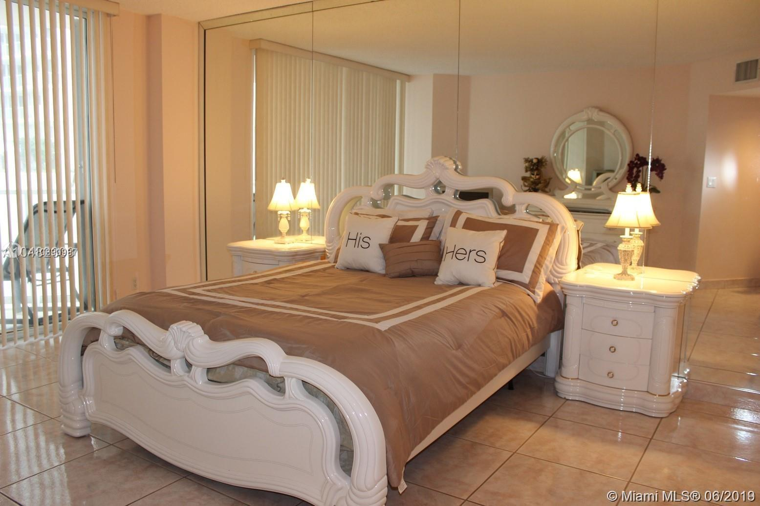16485 Collins Ave #438 photo05