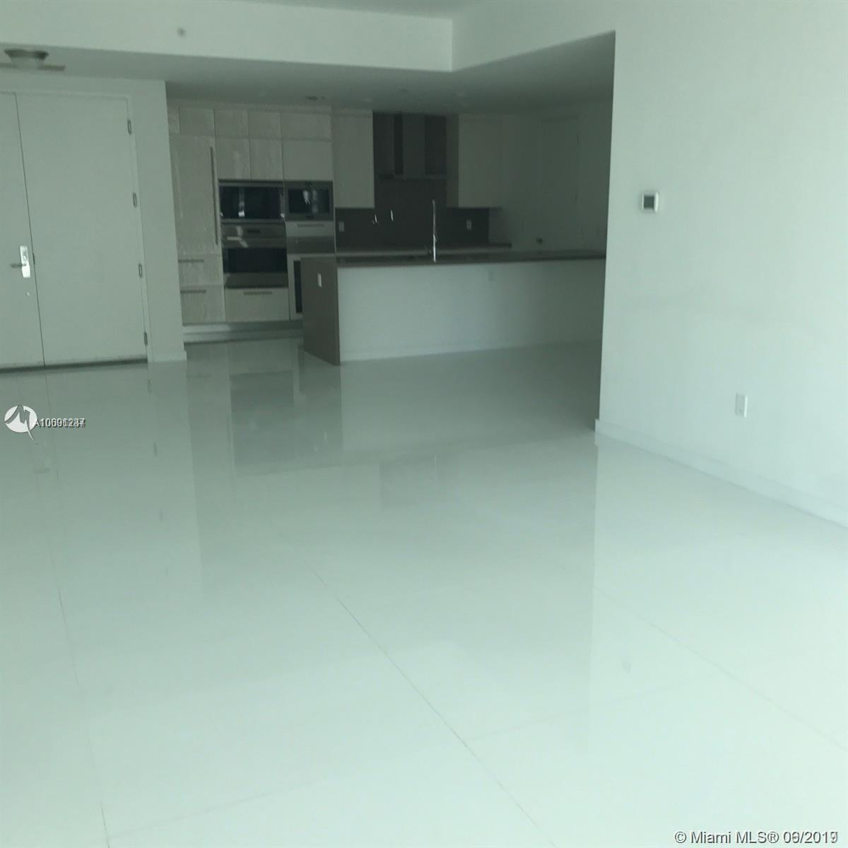 17475 Collins Ave #503 photo019