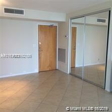 9195 Collins Ave #514 photo05