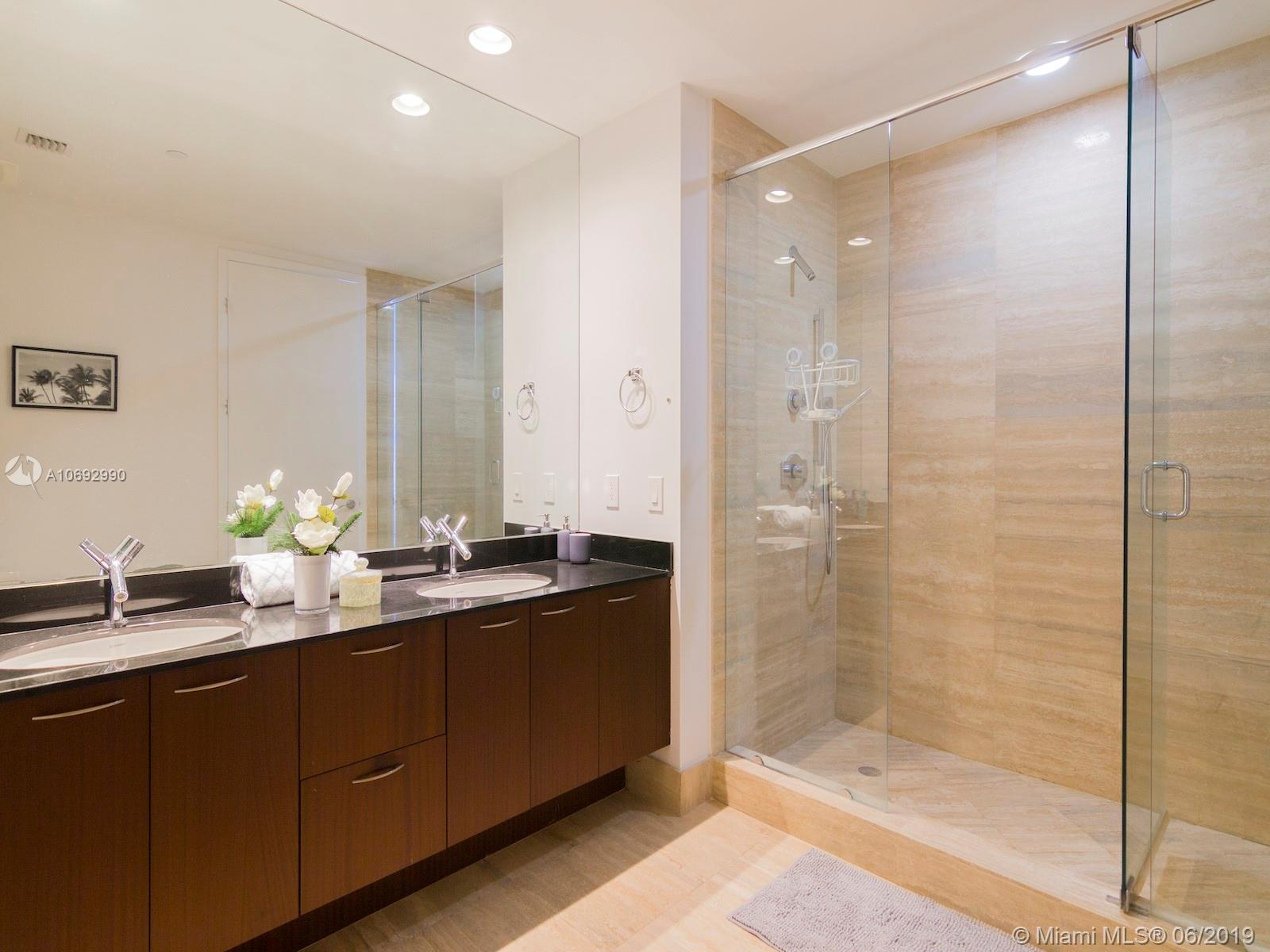 Property 15811 Collins Ave #1205 image 9