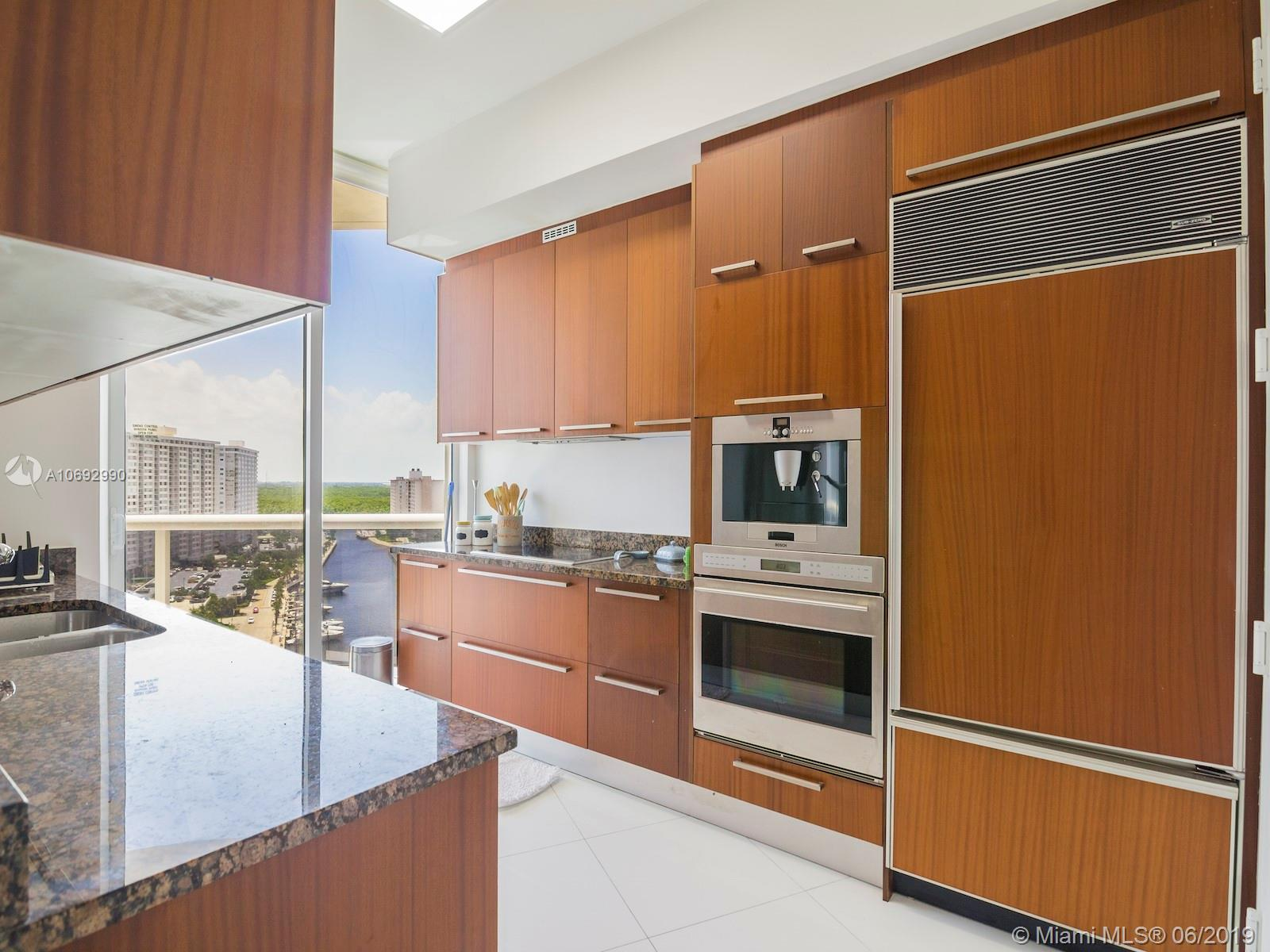 Property 15811 Collins Ave #1205 image 3