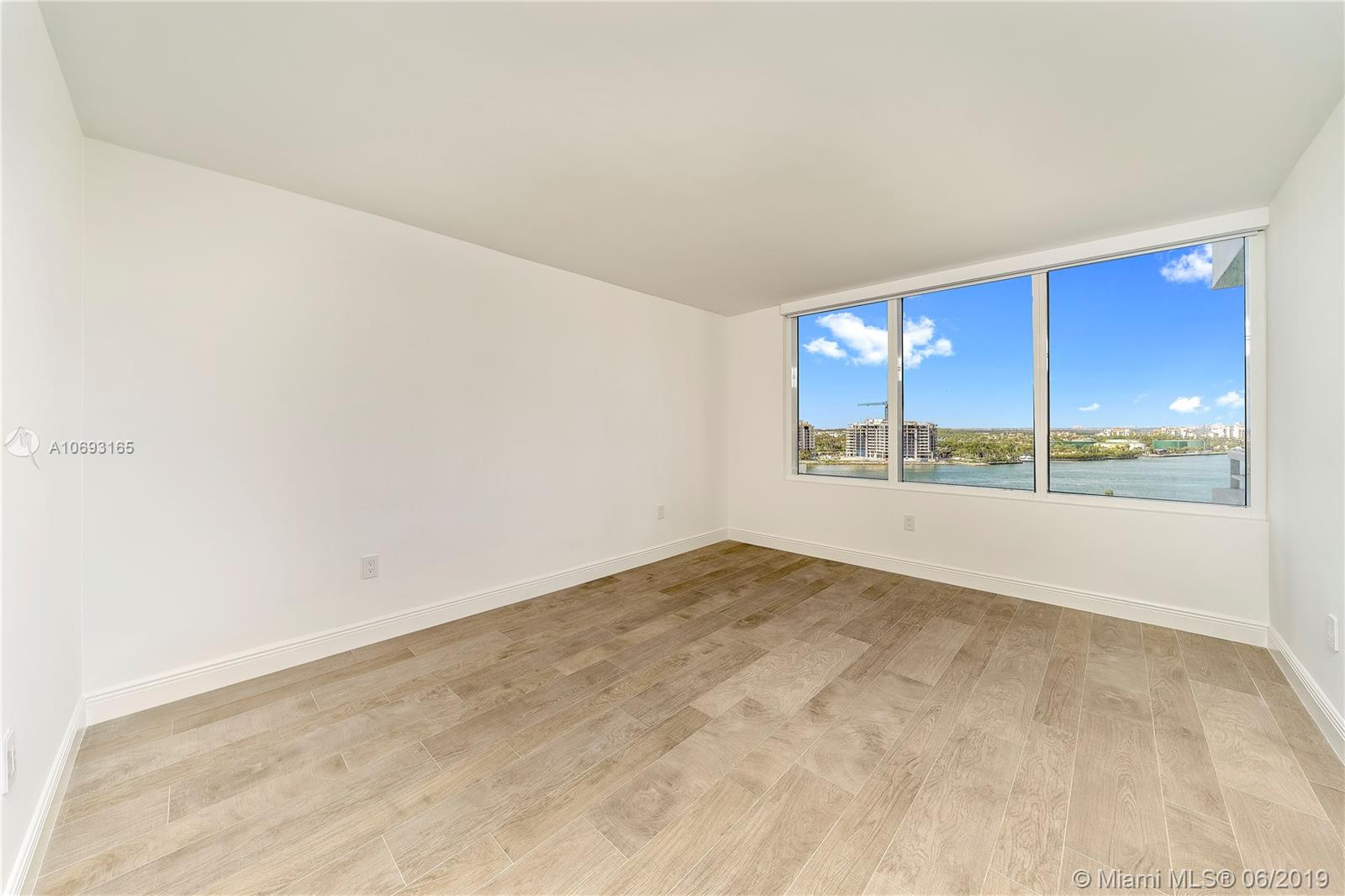 Photo of South Pointe Towers Apt 1209