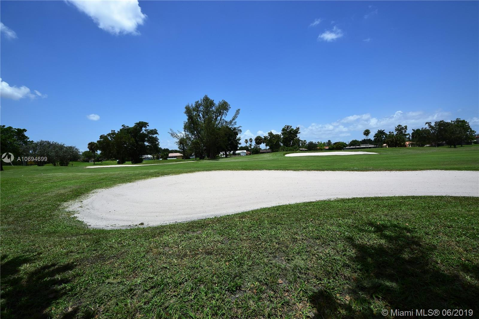 Country Club Of Miam # - 10 - photo