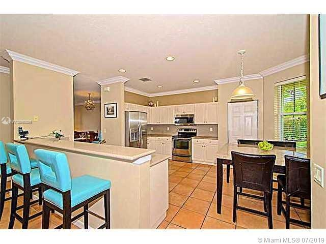 Photo - 1152 Chenille Cir, Weston FL 33327