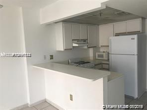 540 BRICKELL KEY DR #830 photo04