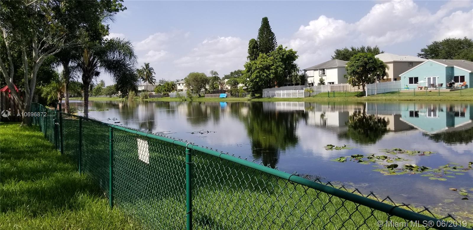 Hampton Lakes # - 03 - photo
