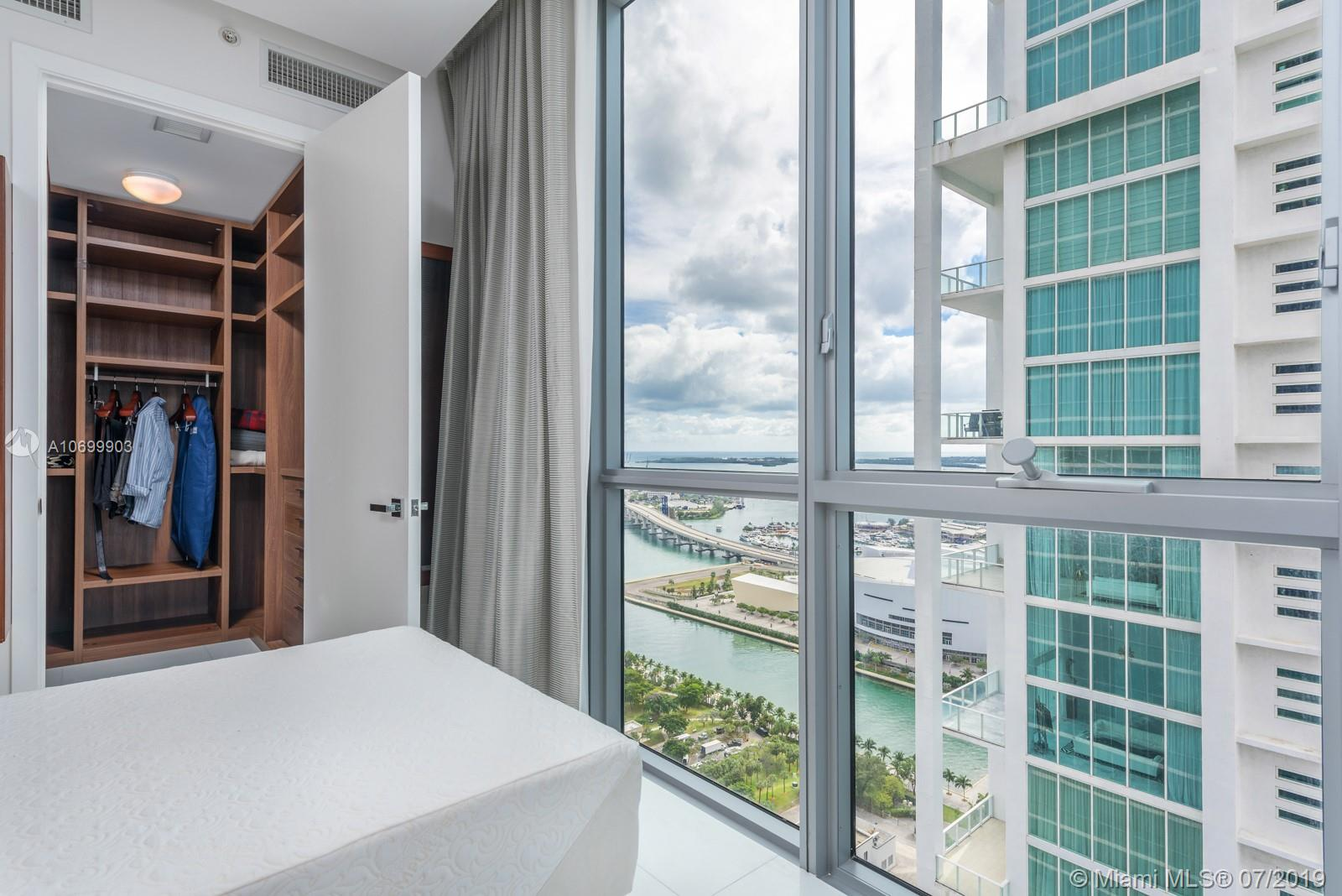 1100 Biscayne Blvd #3801 photo032