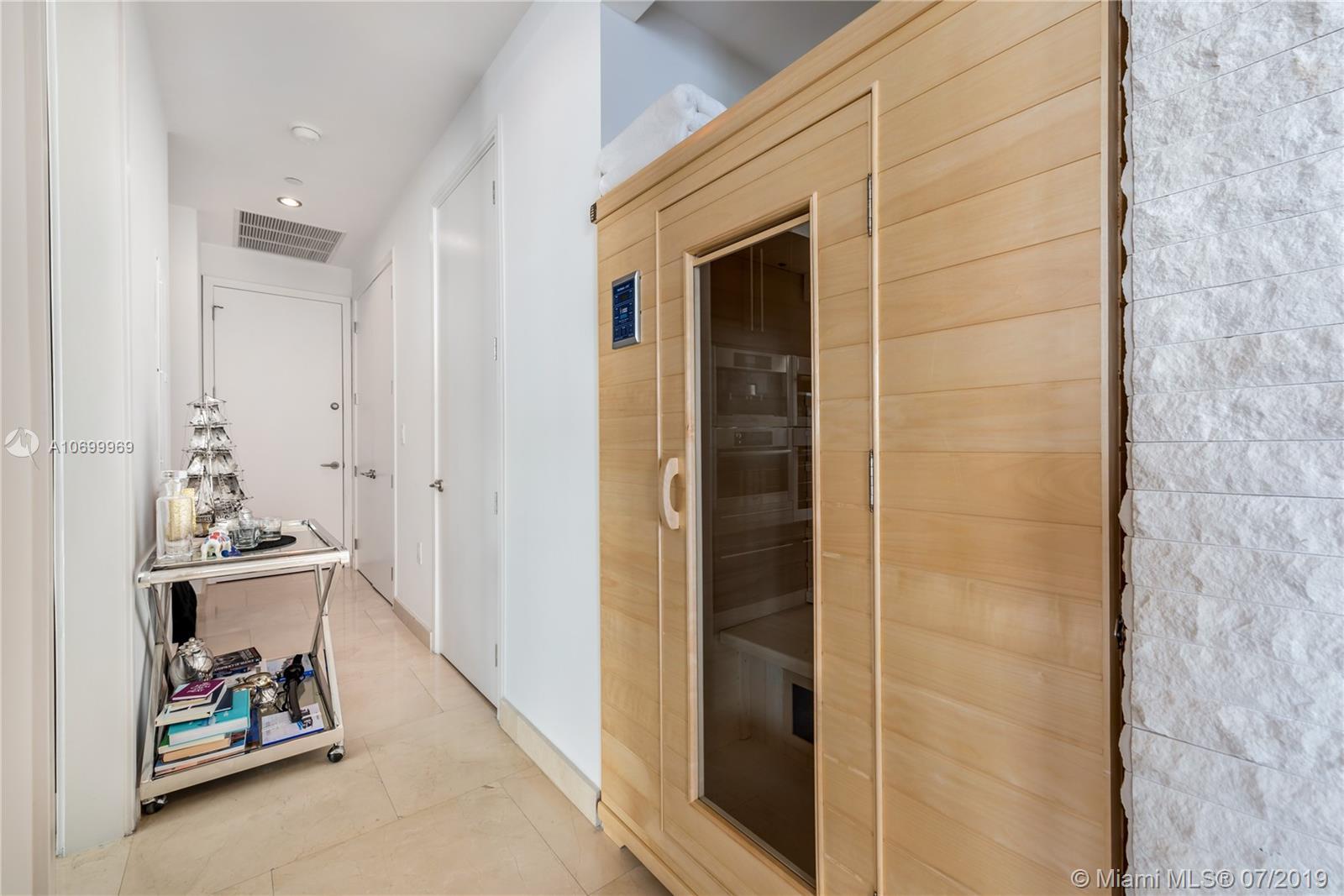 900 Brickell Key Blvd #403/503 photo011