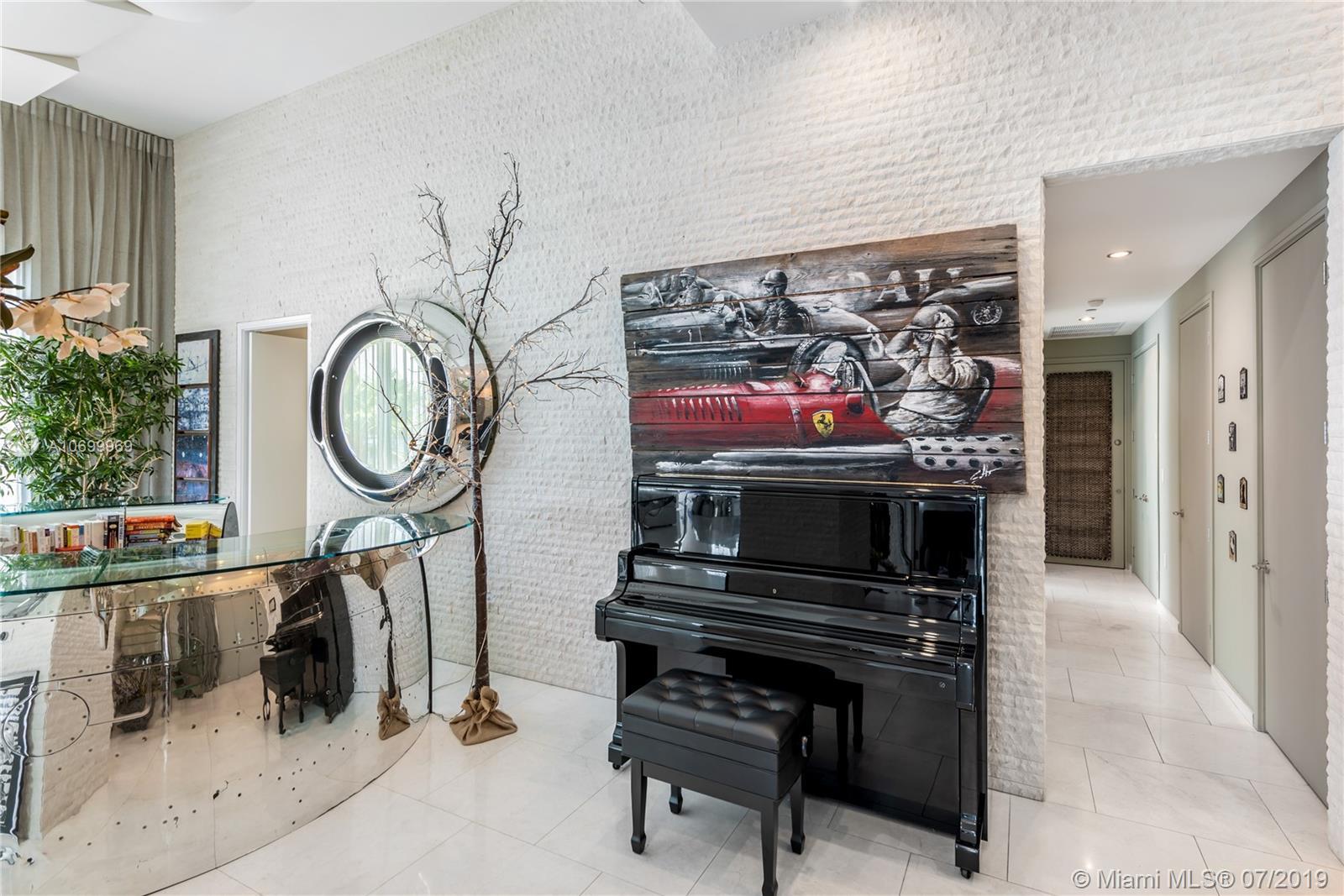 900 Brickell Key Blvd #403/503 photo07