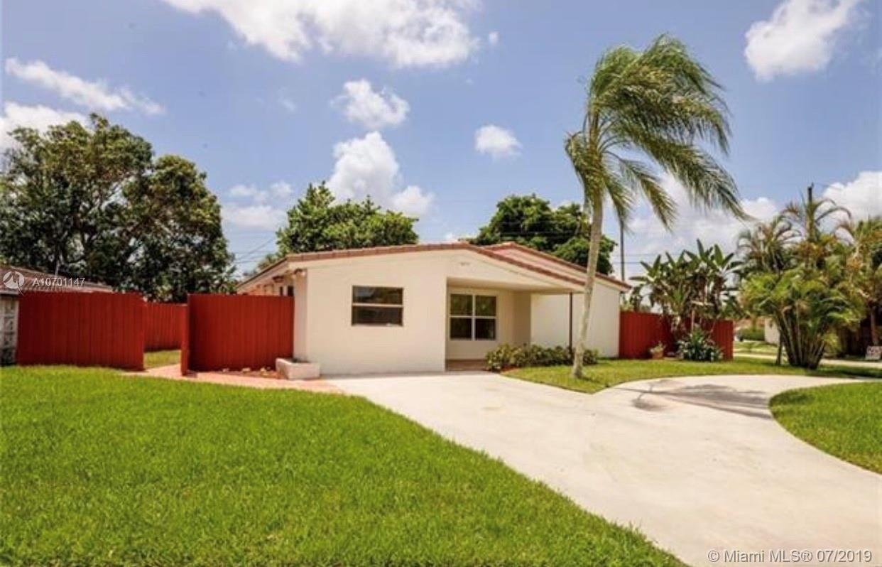 Property for sale at 3470 SW 15th Ct, Fort Lauderdale,  Florida 33312
