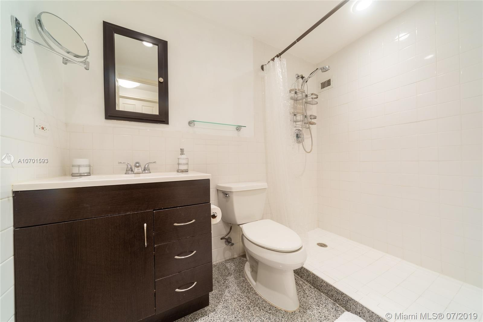 10185 Collins Ave #208 photo013