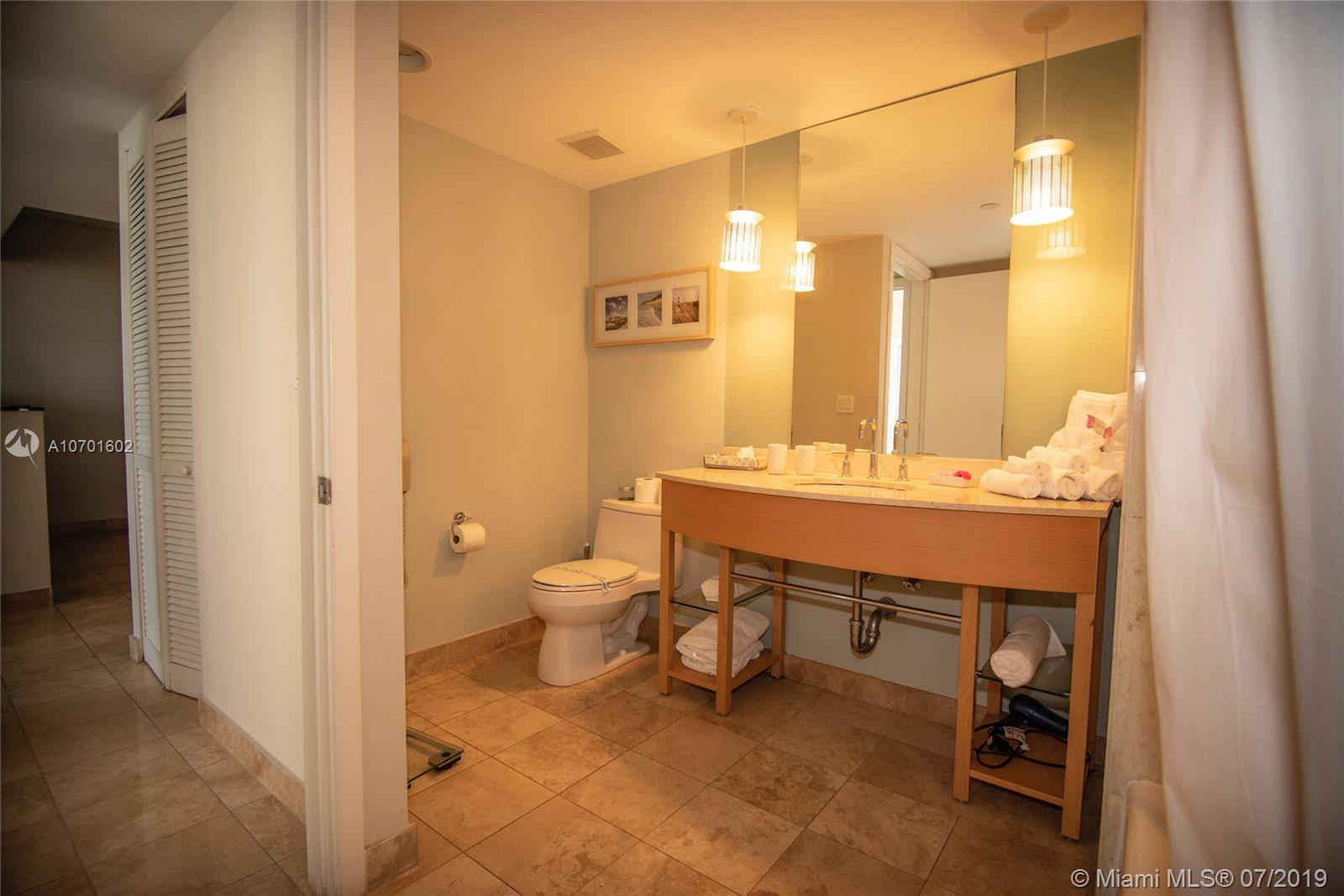 18683 Collins Ave #2204 photo013