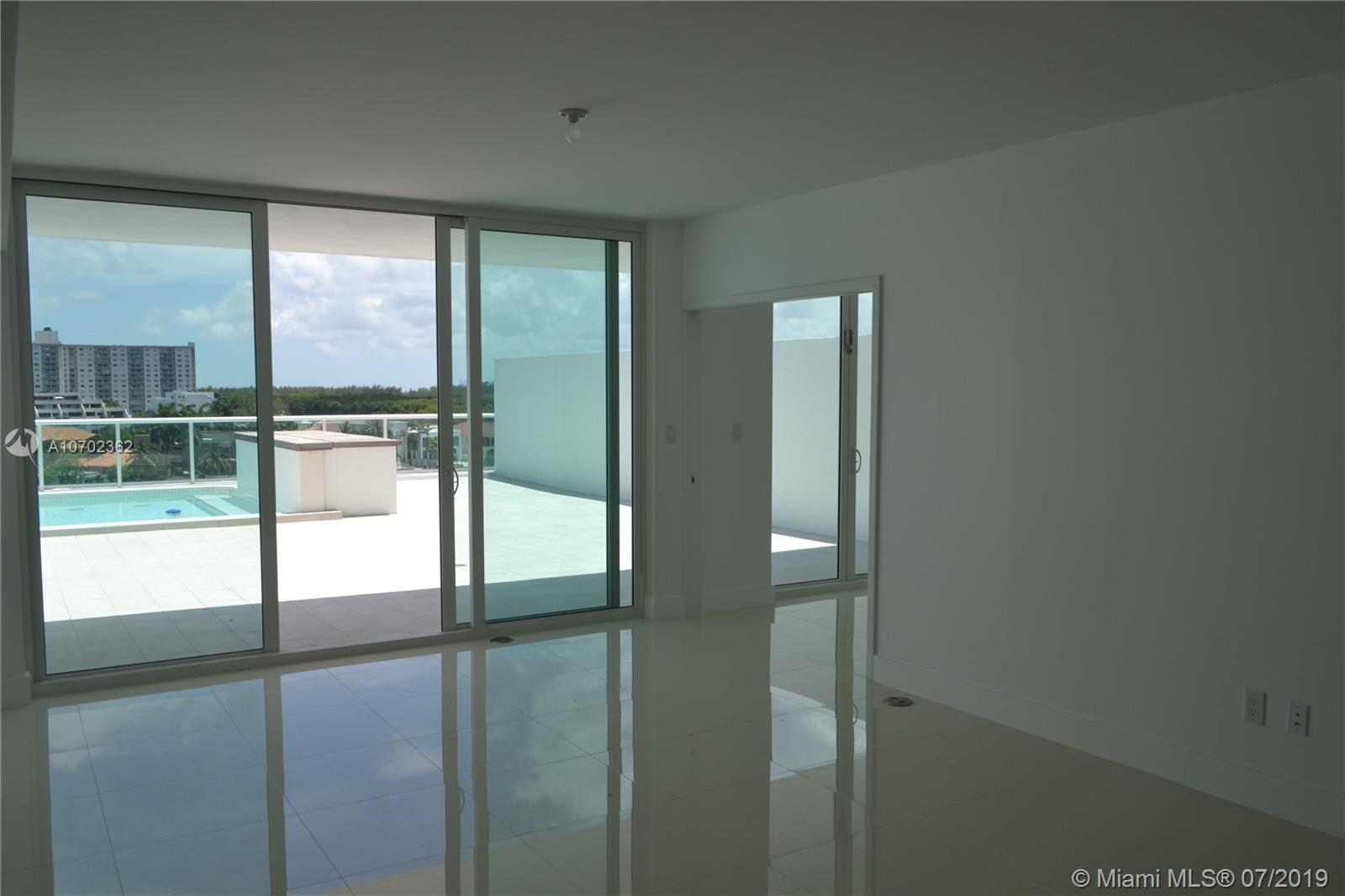 400 Sunny Isles Blvd #620 photo08