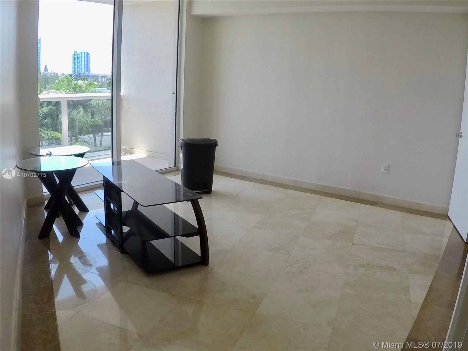 18911 Collins Ave #604 photo017