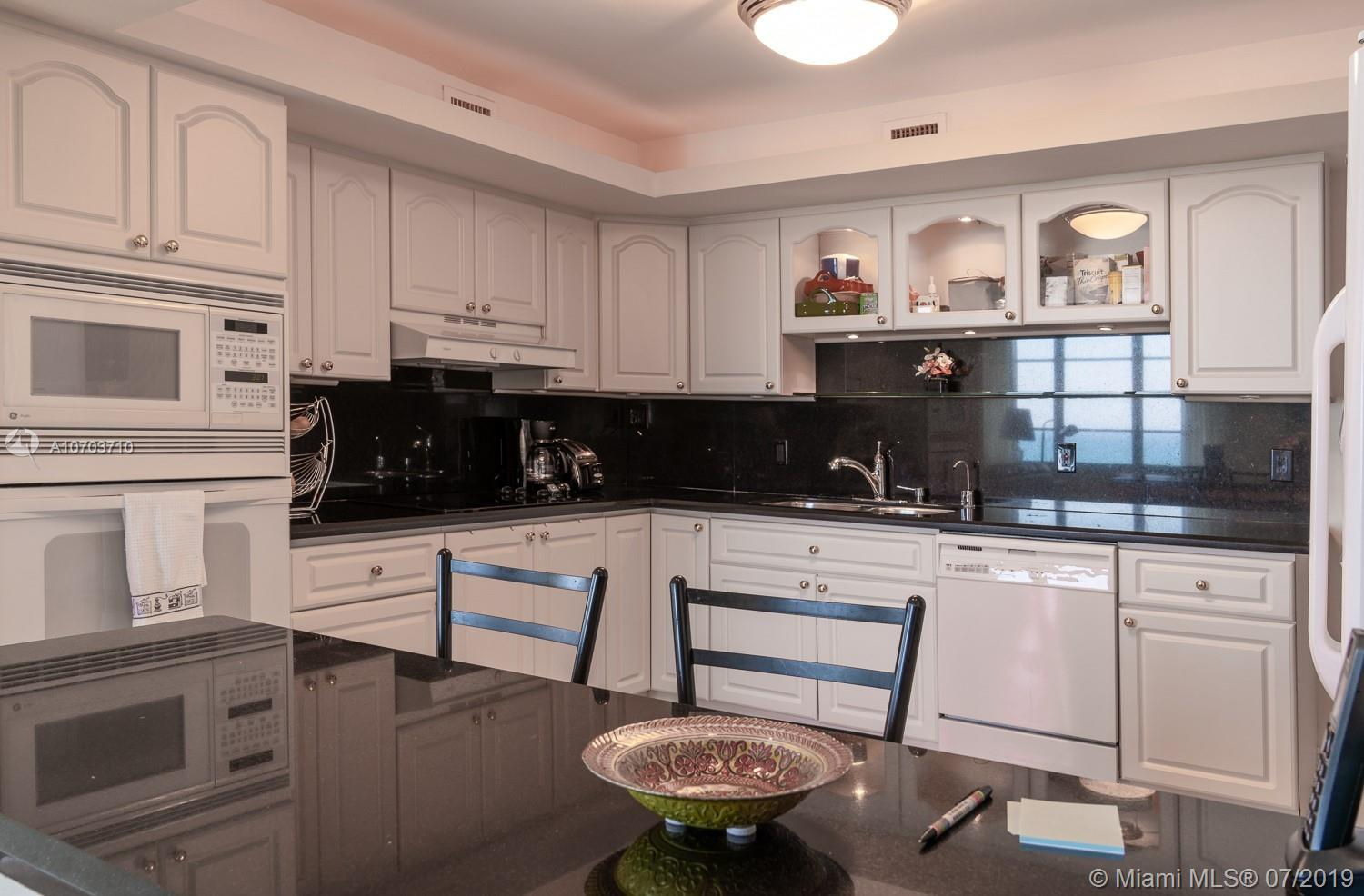 5151 Collins Ave #1427 photo015
