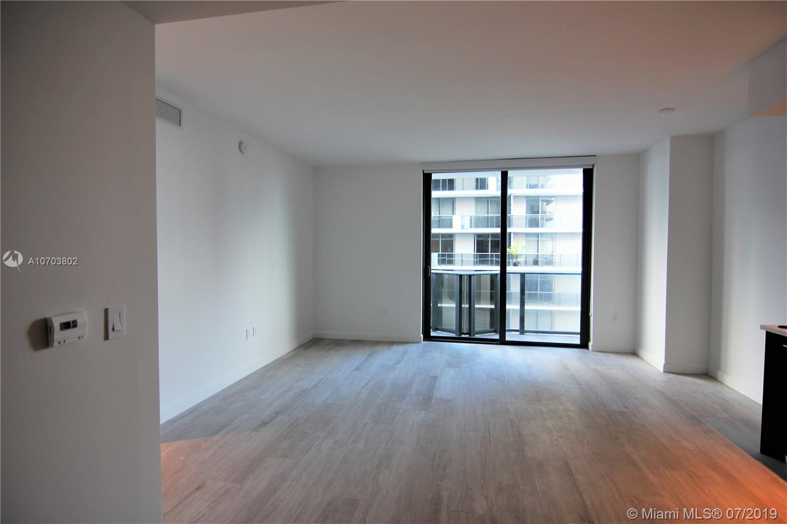 55 SW 9th St #unit 3602 photo011